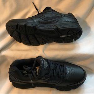 Brand New Saucony Progrid Echelon LE2 shoes